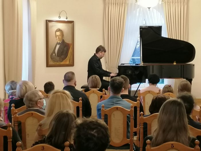 Koncert z okazji 211. rocznicy urodzin Fryderyka Chopina