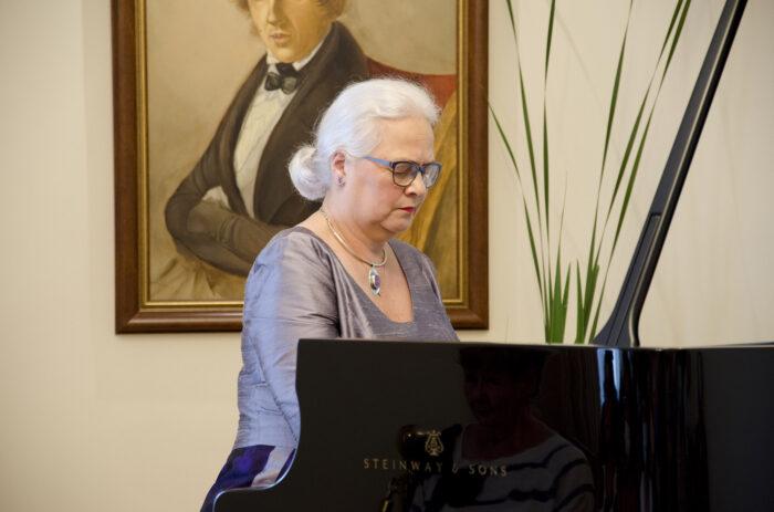 Z klasyką przez Polskę – recital Ewy Pobłockiej