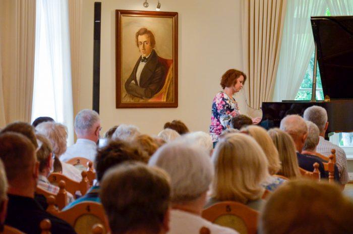 Wakacje z Chopinem – Agata Nowakowska-Gumiela