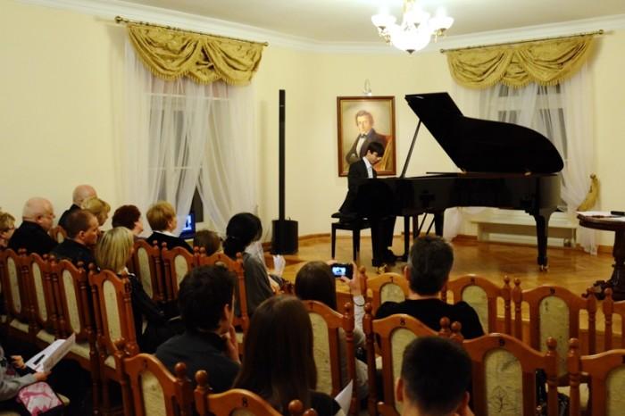 W świecie dźwięków i słowa Młode Talenty w Szafarni